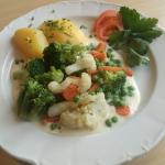 Restaurant Neumarkt Gasthaus zur AU Food 01
