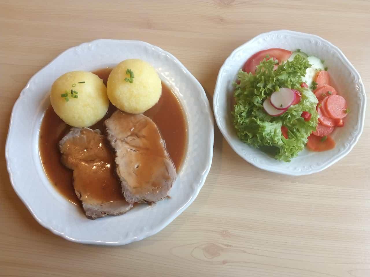 Restaurant Neumarkt Gasthaus zur AU Food 09